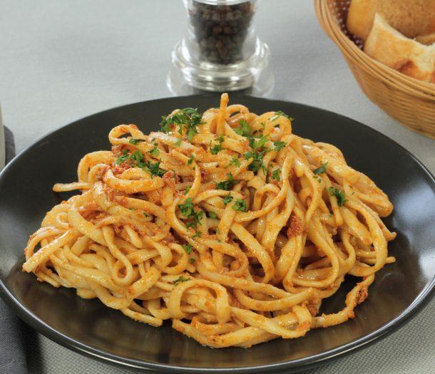 Linguine-Pesto-Rosso